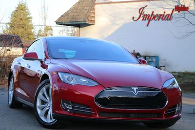 2015 Tesla Model S 4dr Sedan RWD 85 kWh Battery - Click to see full-size photo viewer