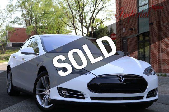 2015 Tesla Model S 4dr Sedan RWD 85 kWh Battery