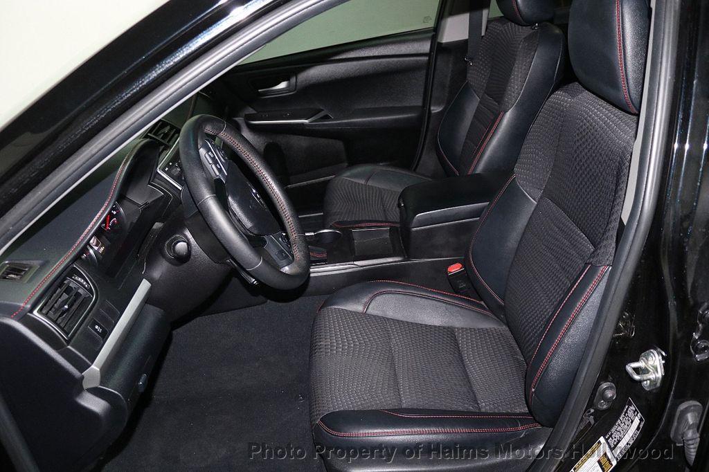 2015 Toyota Camry  - 17961625 - 15