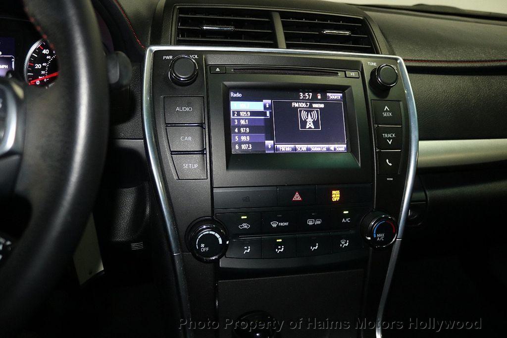 2015 Toyota Camry  - 17961625 - 17