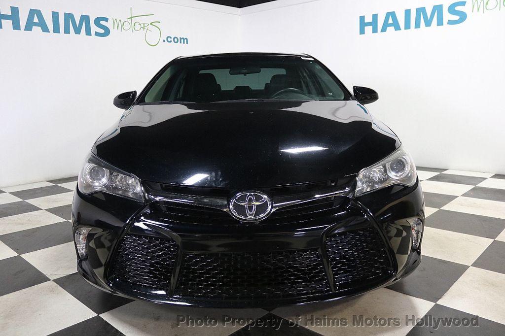 2015 Toyota Camry  - 17961625 - 2