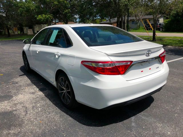 2015 Toyota Camry  - Click to see full-size photo viewer