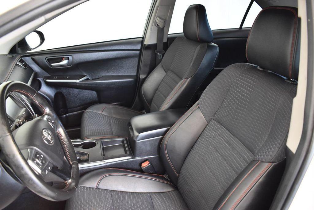 2015 Toyota Camry 4dr Sedan I4 Automatic LE - 18070726 - 12
