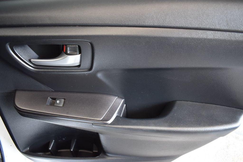 2015 Toyota Camry 4dr Sedan I4 Automatic LE - 18070726 - 21