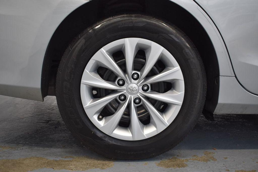 2015 Toyota Camry 4dr Sedan I4 Automatic LE - 18319318 - 9