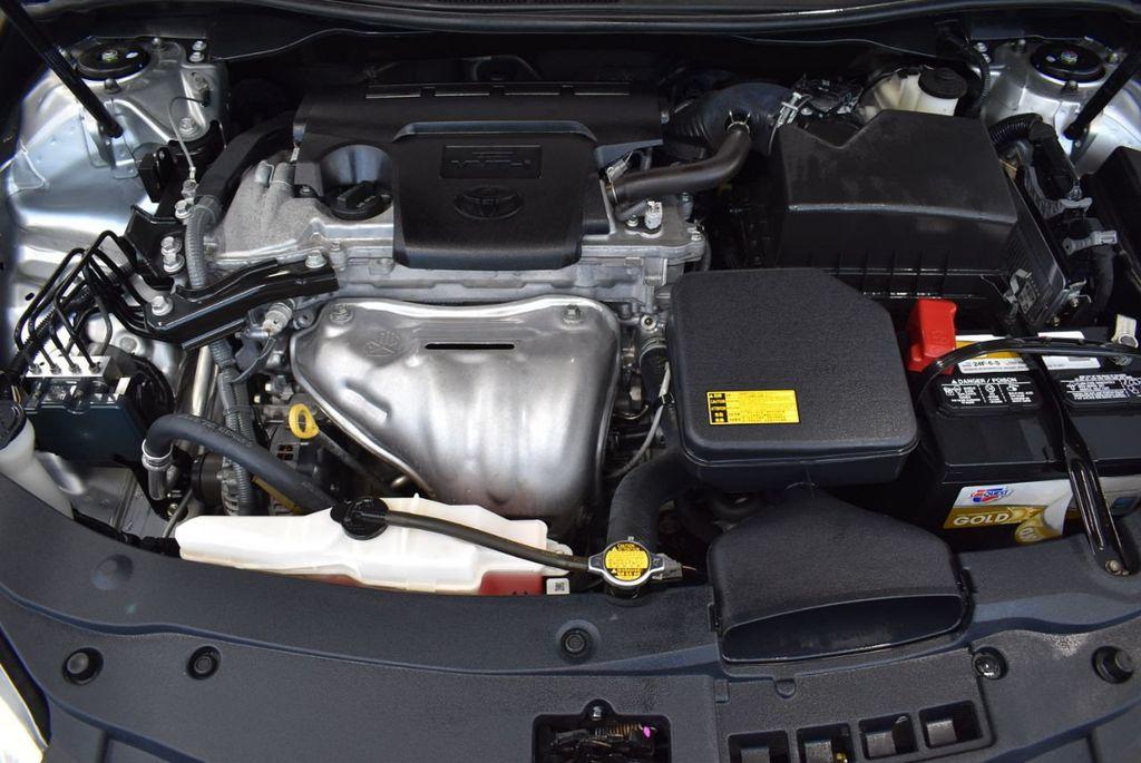 2015 Toyota Camry 4dr Sedan I4 Automatic LE - 18319318 - 25