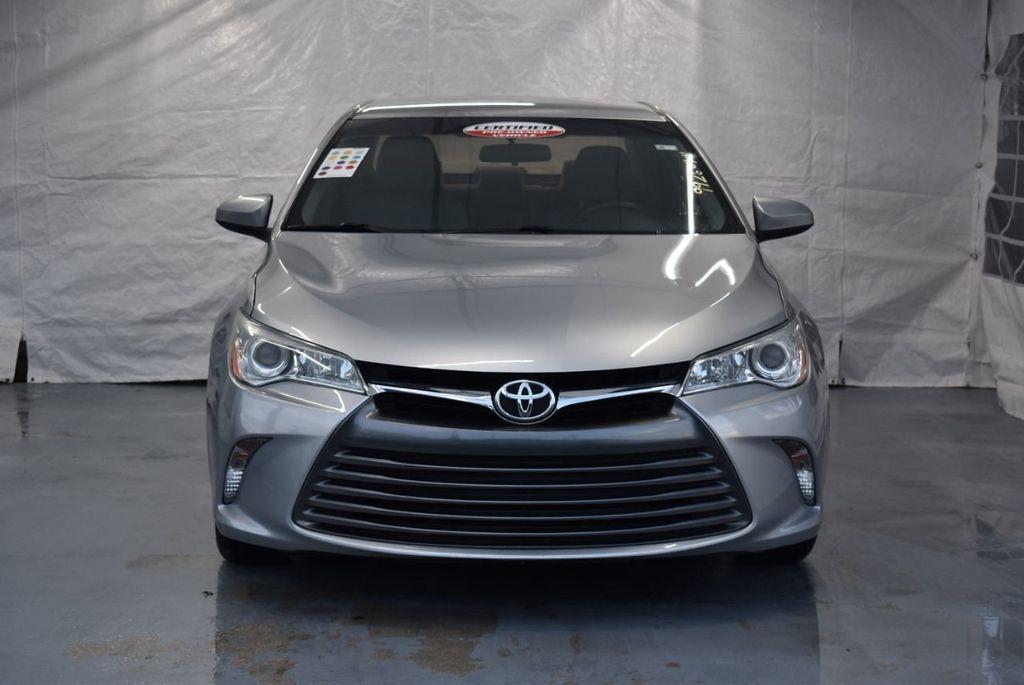 2015 Toyota Camry 4dr Sedan I4 Automatic LE - 18319318 - 3