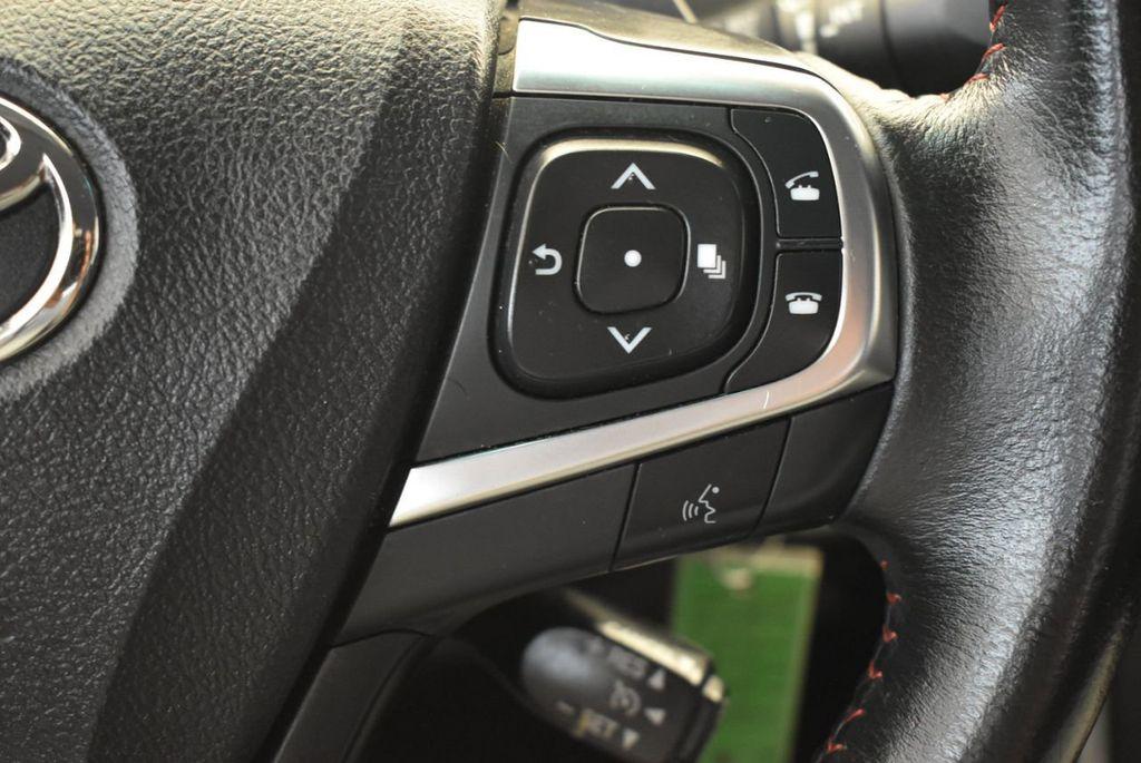 2015 Toyota Camry 4dr Sedan I4 Automatic SE - 17958523 - 18