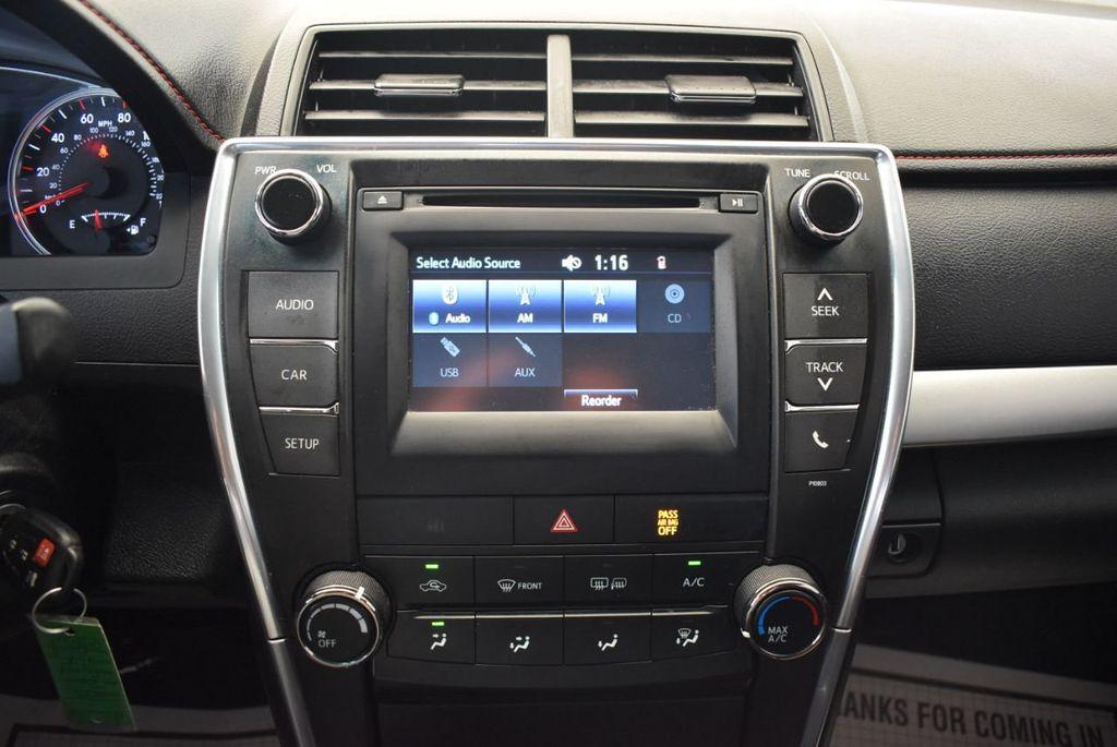 2015 Toyota Camry 4dr Sedan I4 Automatic SE - 17958523 - 20