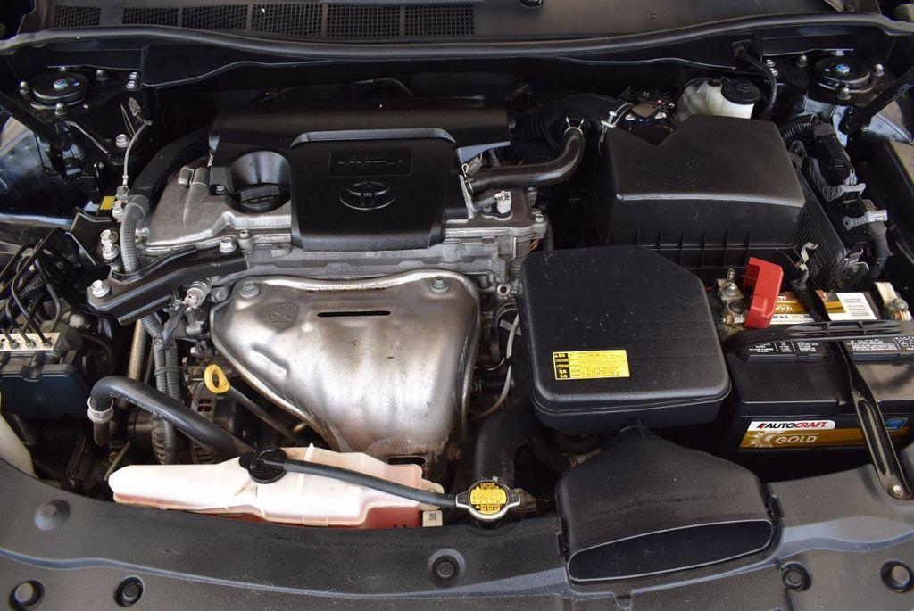 2015 Toyota Camry 4dr Sedan I4 Automatic SE - 17958523 - 26