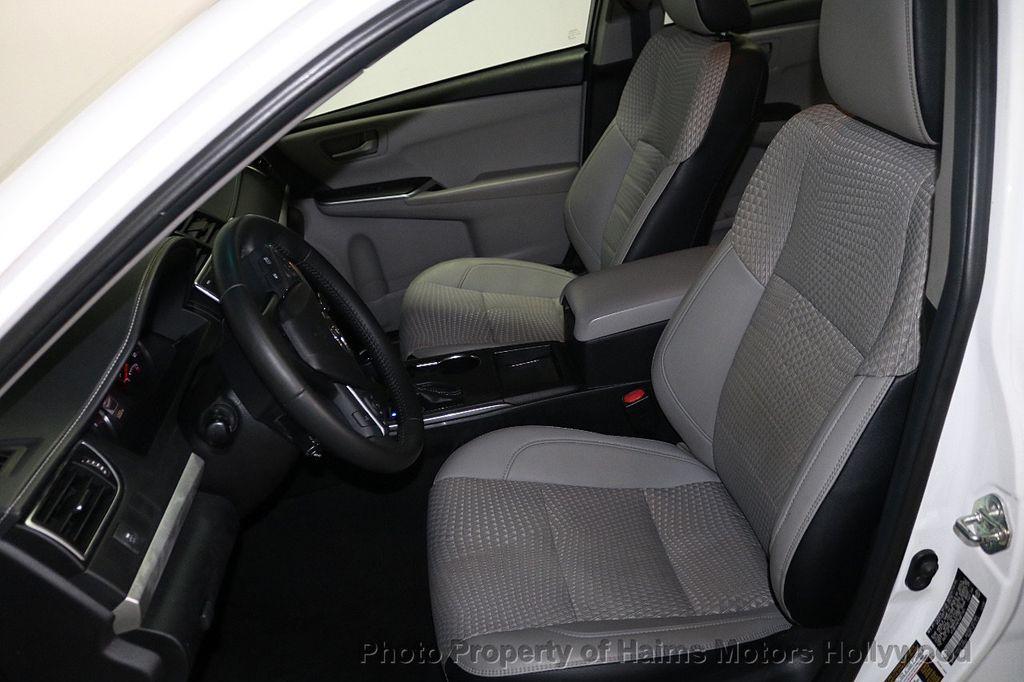 2015 Toyota Camry 4dr Sedan I4 Automatic SE - 18159606 - 16