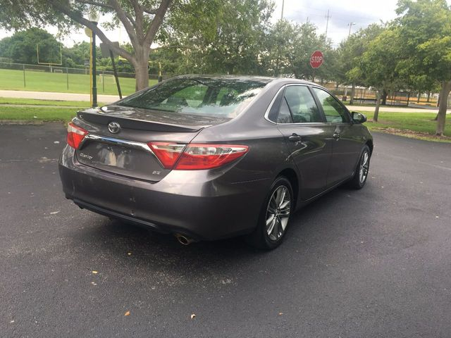 2015 Toyota Camry 4dr Sedan I4 Automatic SE - Click to see full-size photo viewer