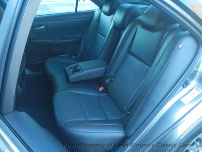 2015 Toyota Camry 4dr Sedan SE w/Sunroof - Click to see full-size photo viewer