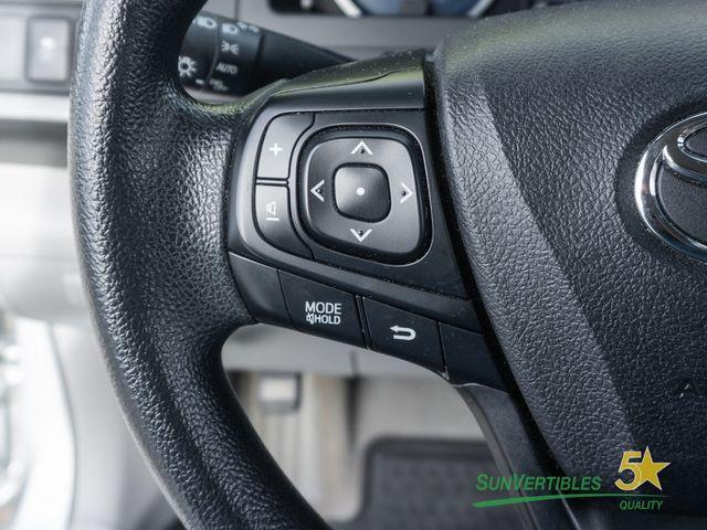 2015 Toyota Camry Hybrid 4dr Sedan LE - 18489930 - 16