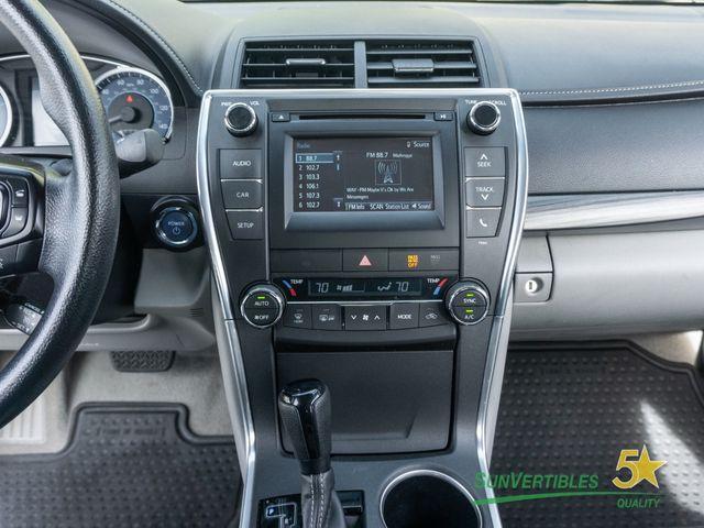 2015 Toyota Camry Hybrid 4dr Sedan LE - 18489930 - 19