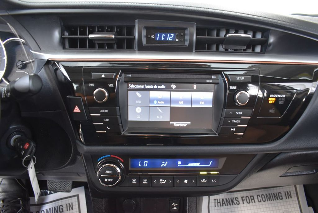 2015 Toyota Corolla  - 18546157 - 22