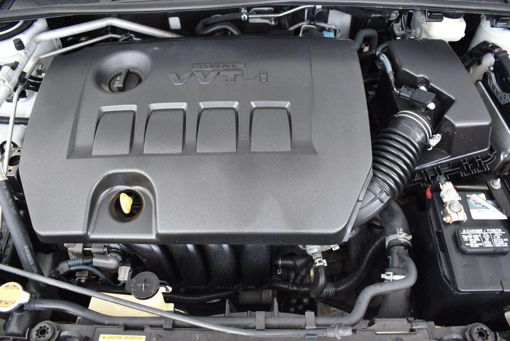 2015 Toyota Corolla  - 18546157 - 24