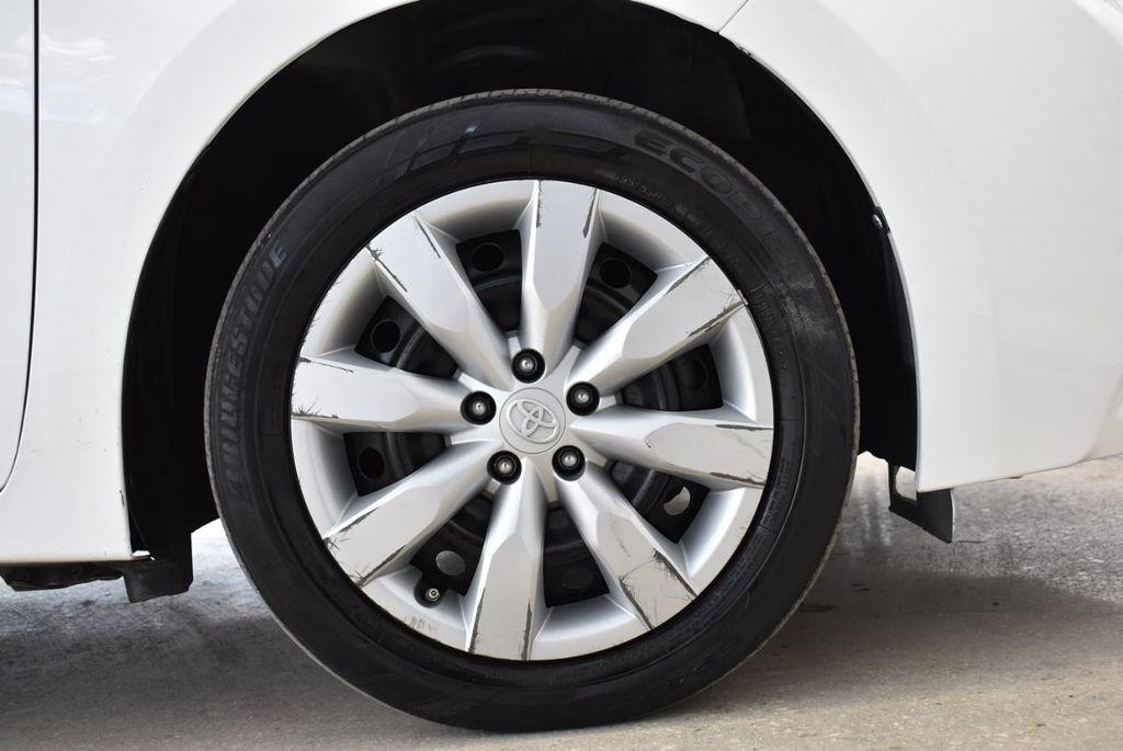 2015 Toyota Corolla  - 18546157 - 6