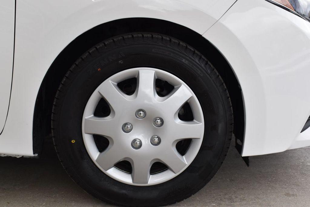 2015 Toyota Corolla  - 18638054 - 9