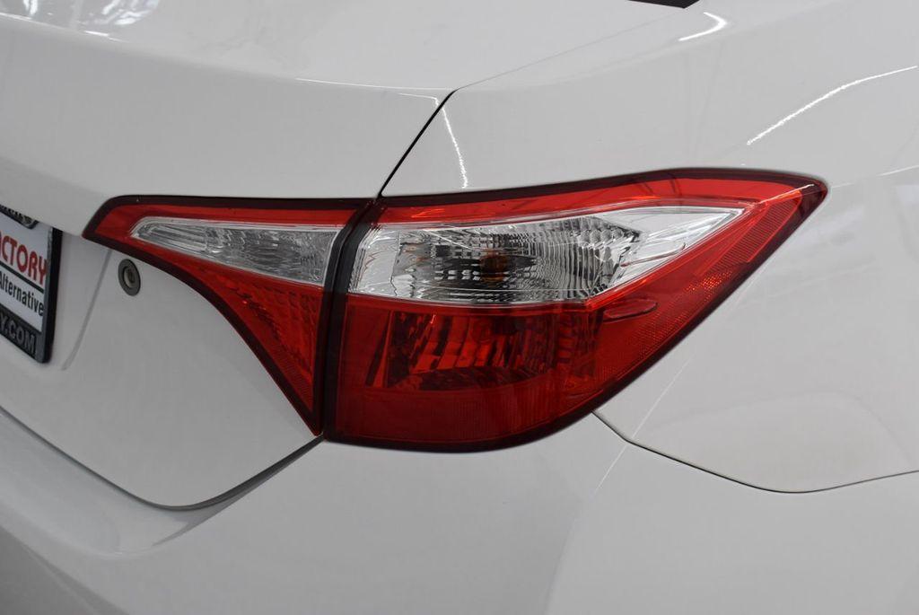 2015 Toyota Corolla  - 18638054 - 1