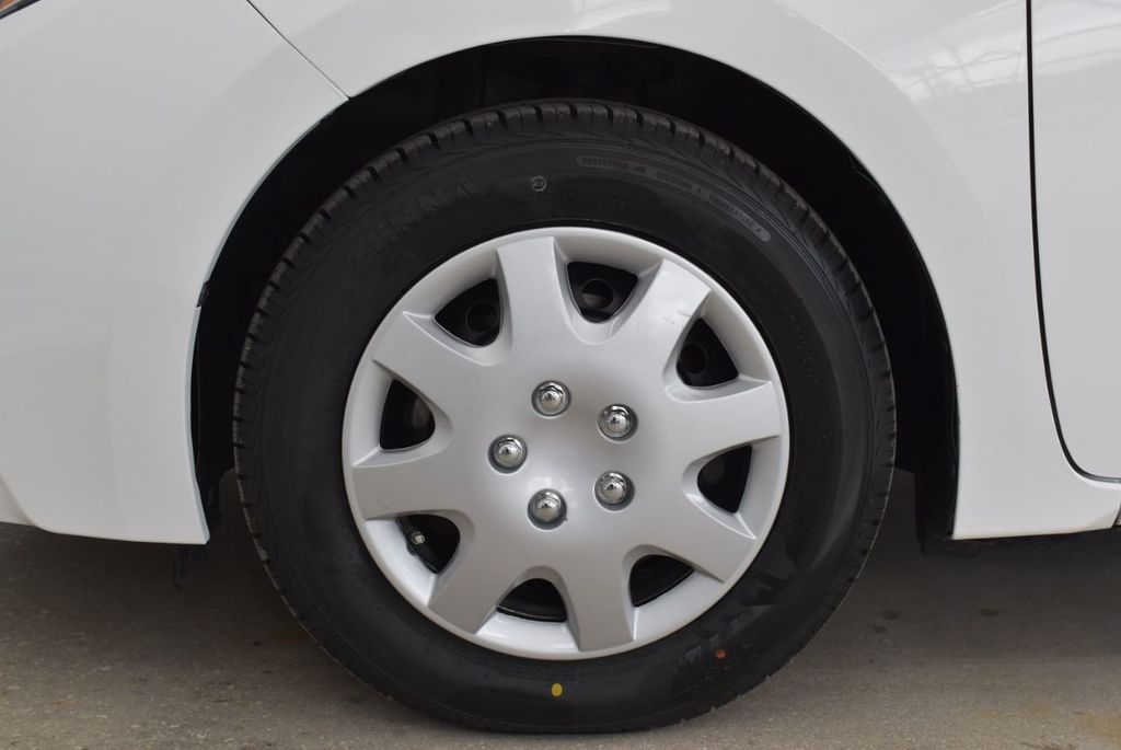 2015 Toyota Corolla  - 18638054 - 6