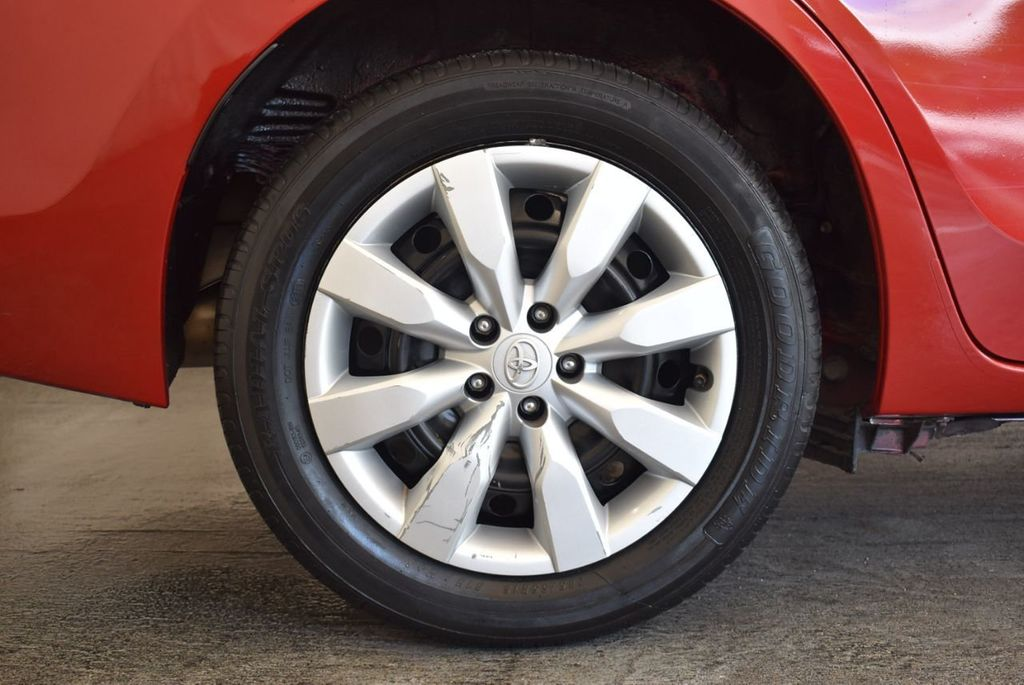 2015 Toyota Corolla 4dr Sedan CVT LE - 18010829 - 9