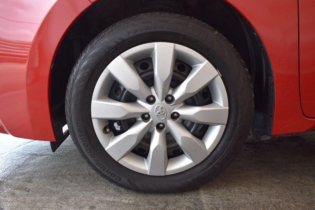 2015 Toyota Corolla 4dr Sedan CVT LE - 18010829 - 11