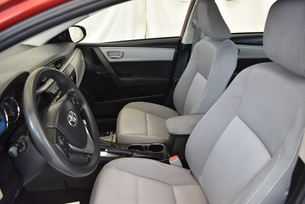 2015 Toyota Corolla 4dr Sedan CVT LE - 18010829 - 14
