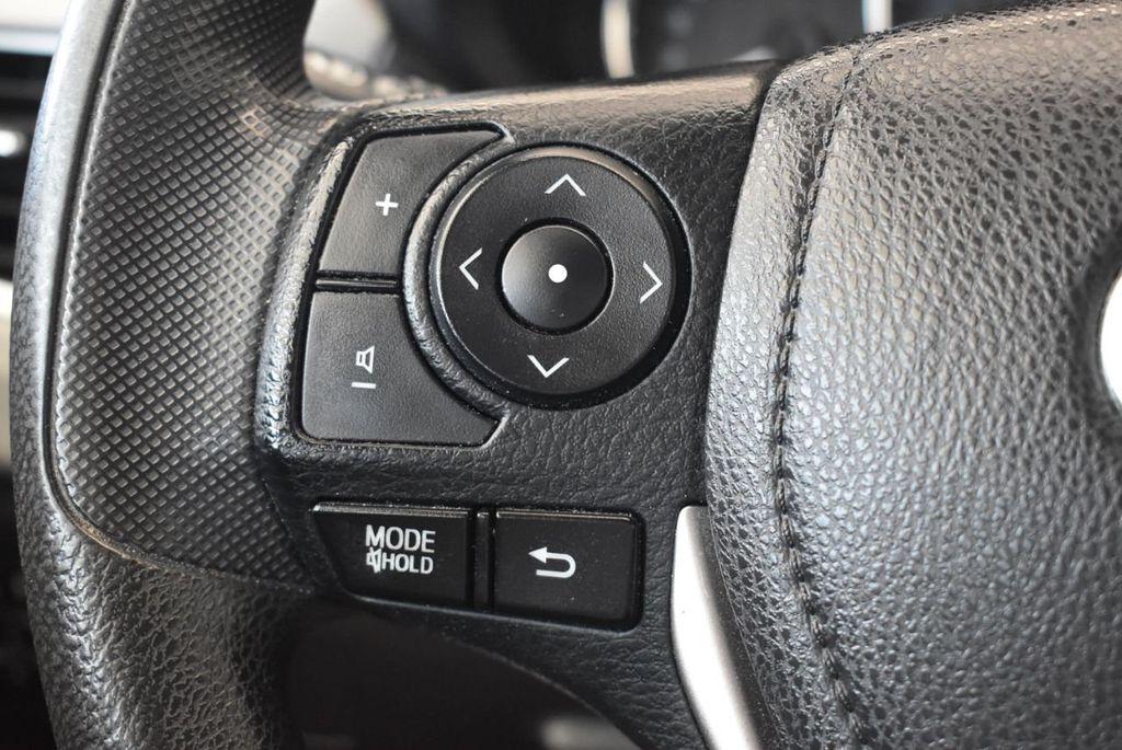 2015 Toyota Corolla 4dr Sedan CVT LE - 18010829 - 18