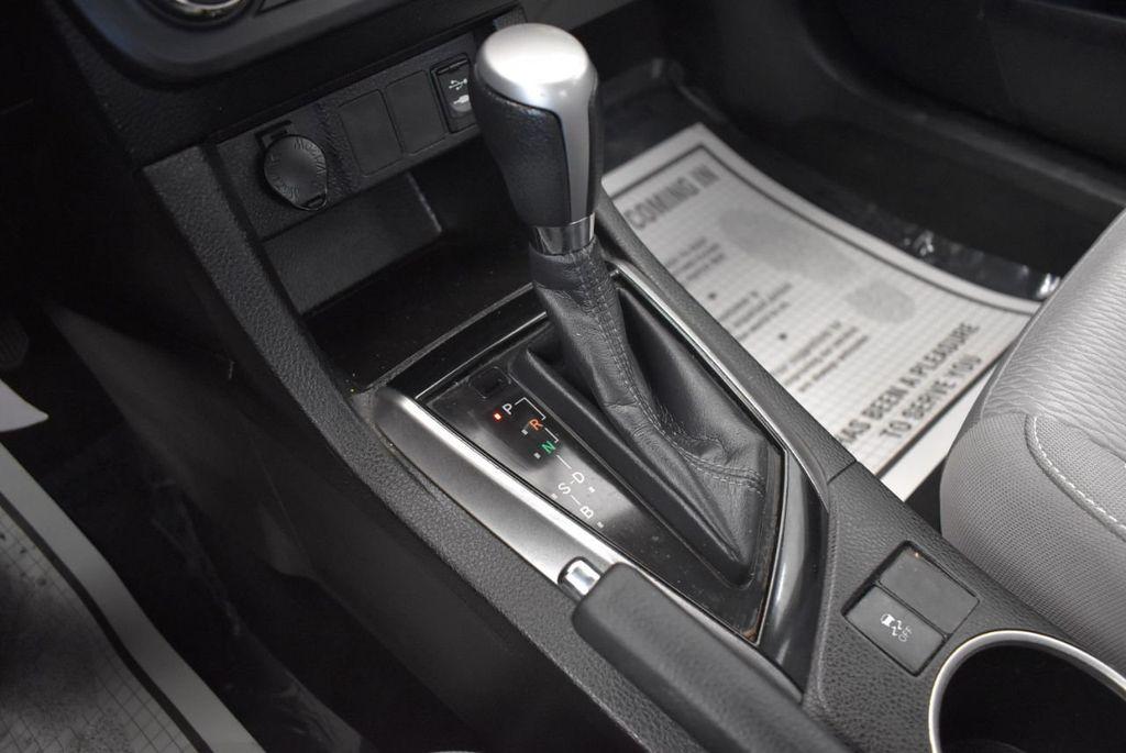 2015 Toyota Corolla 4dr Sedan CVT LE - 18010829 - 20