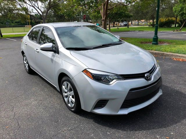 2015 Toyota Corolla 4dr Sedan CVT LE - Click to see full-size photo viewer