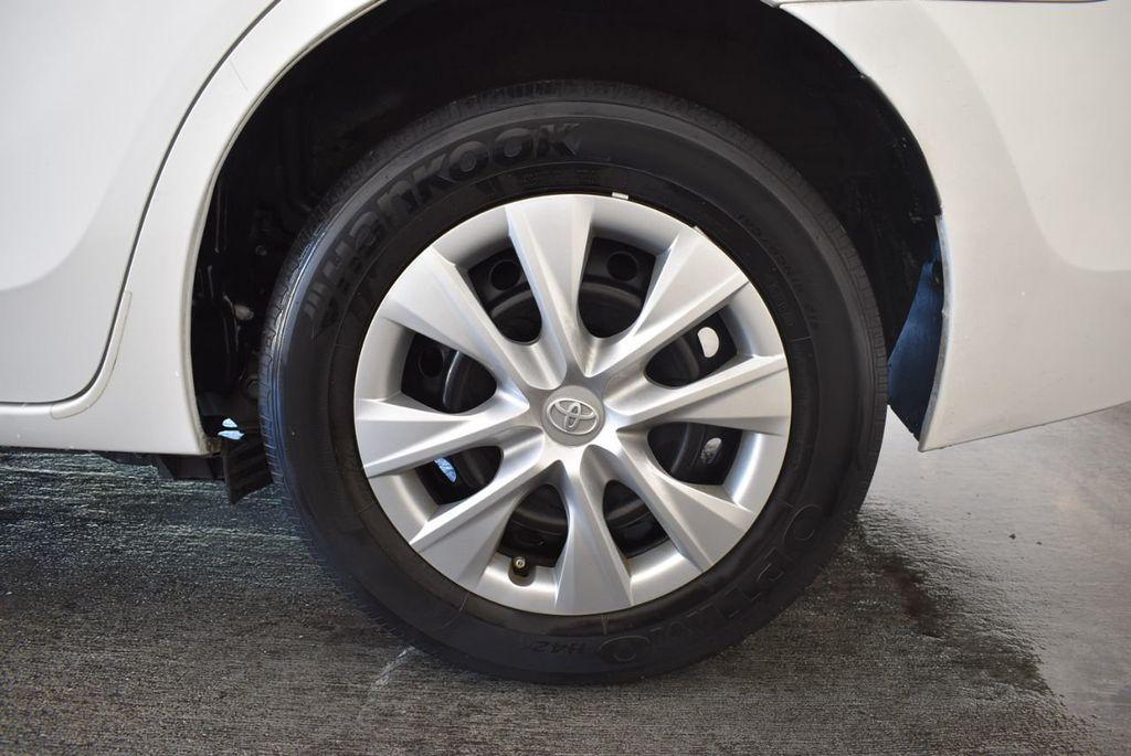 2015 Toyota Corolla 4dr Sedan Manual L - 18166467 - 10