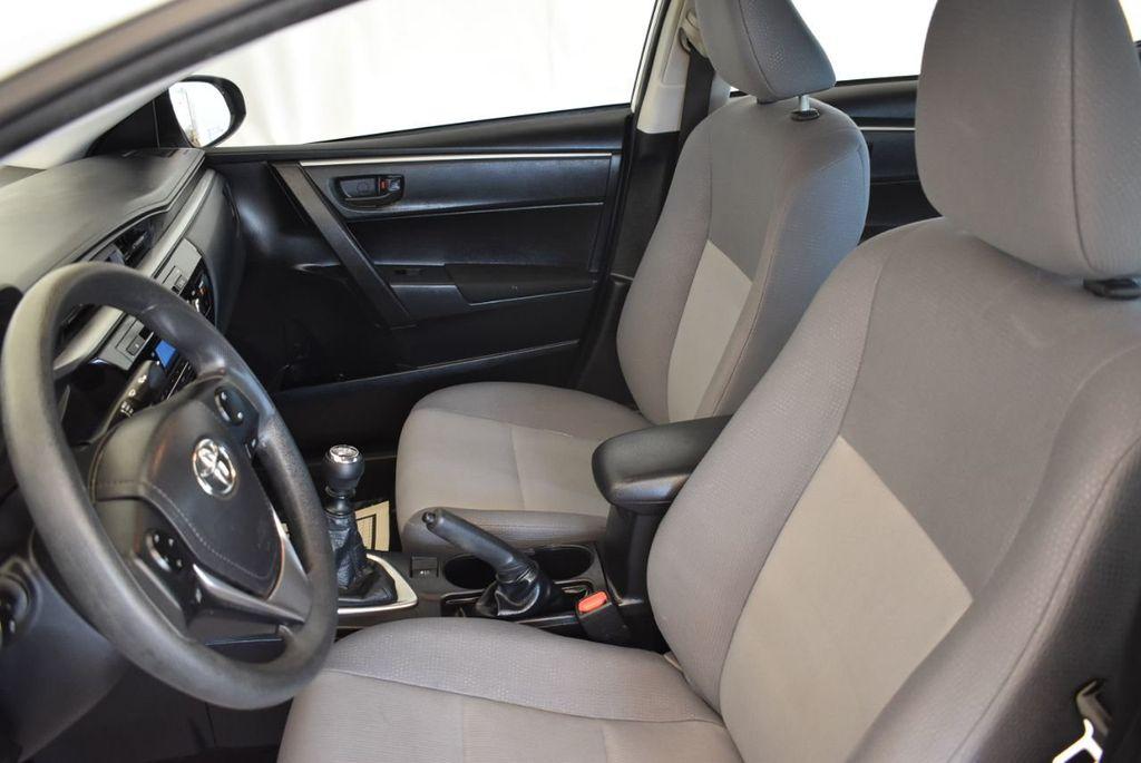 2015 Toyota Corolla 4dr Sedan Manual L - 18166467 - 14