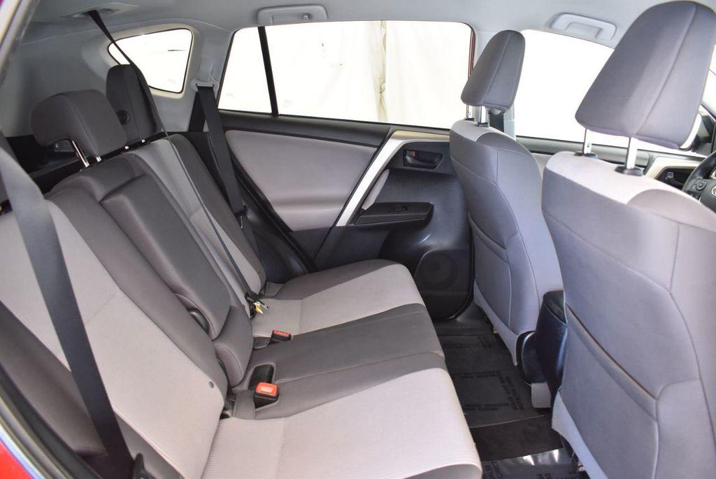 2015 Toyota RAV4 FWD 4dr LE - 17965855 - 22