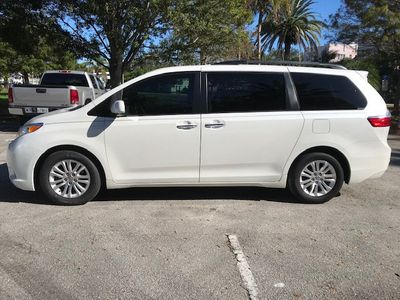 2015 Toyota Sienna 5dr 8-Passenger Van XLE Premium  FWD - Click to see full-size photo viewer