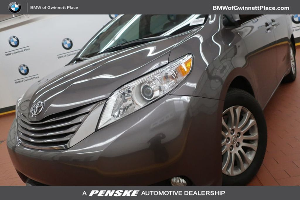 2015 Toyota Sienna Base; Limited; LE; XLE - 17318416 - 0