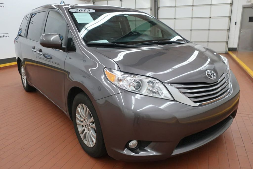 2015 Toyota Sienna Base; Limited; LE; XLE - 17318416 - 7