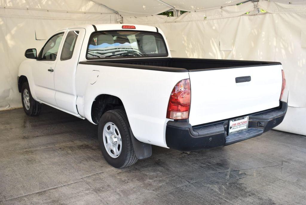 2015 Toyota Tacoma 2WD Access Cab I4 AT - 18070731 - 3