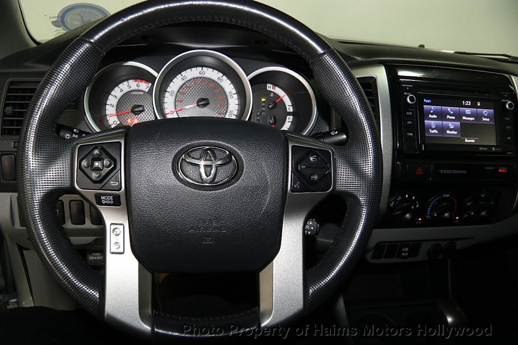 2015 Toyota Tacoma 2WD Double Cab I4 AT PreRunner - 16465281 - 24