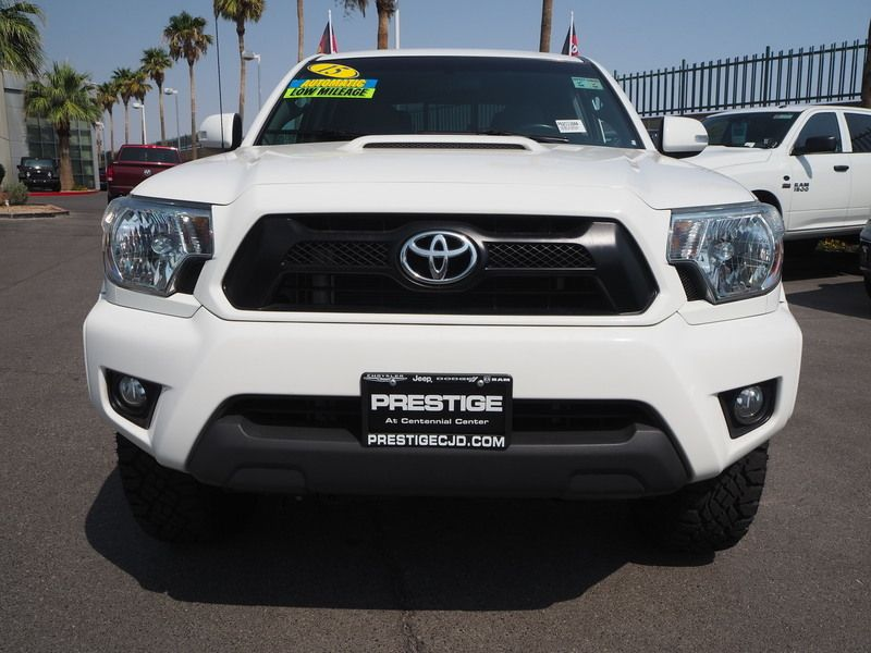 2015 Toyota Tacoma 2WD Double Cab LB V6 AT PreRunner - 17863237 - 1