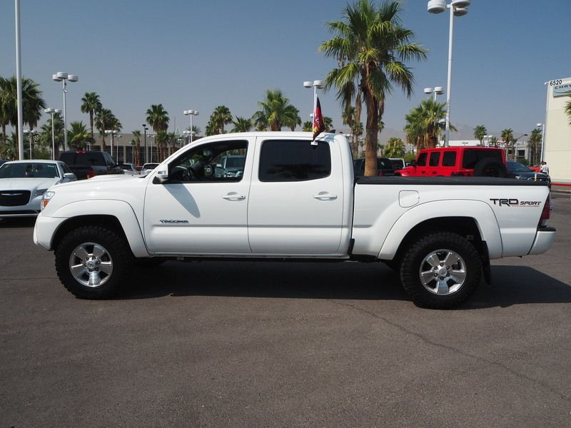 2015 Toyota Tacoma 2WD Double Cab LB V6 AT PreRunner - 17863237 - 3