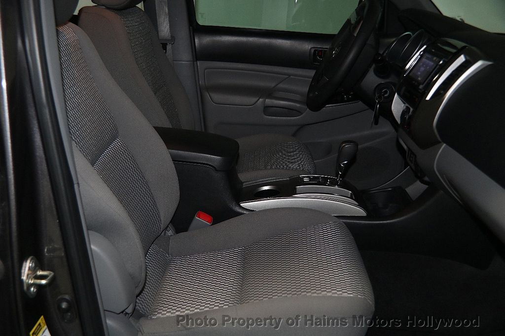 2015 Toyota Tacoma 2WD Double Cab V6 AT PreRunner - 17149349 - 14