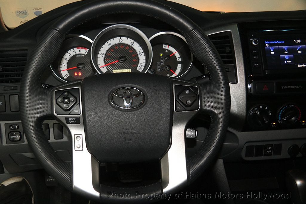 2015 Toyota Tacoma 2WD Double Cab V6 AT PreRunner - 17149349 - 26
