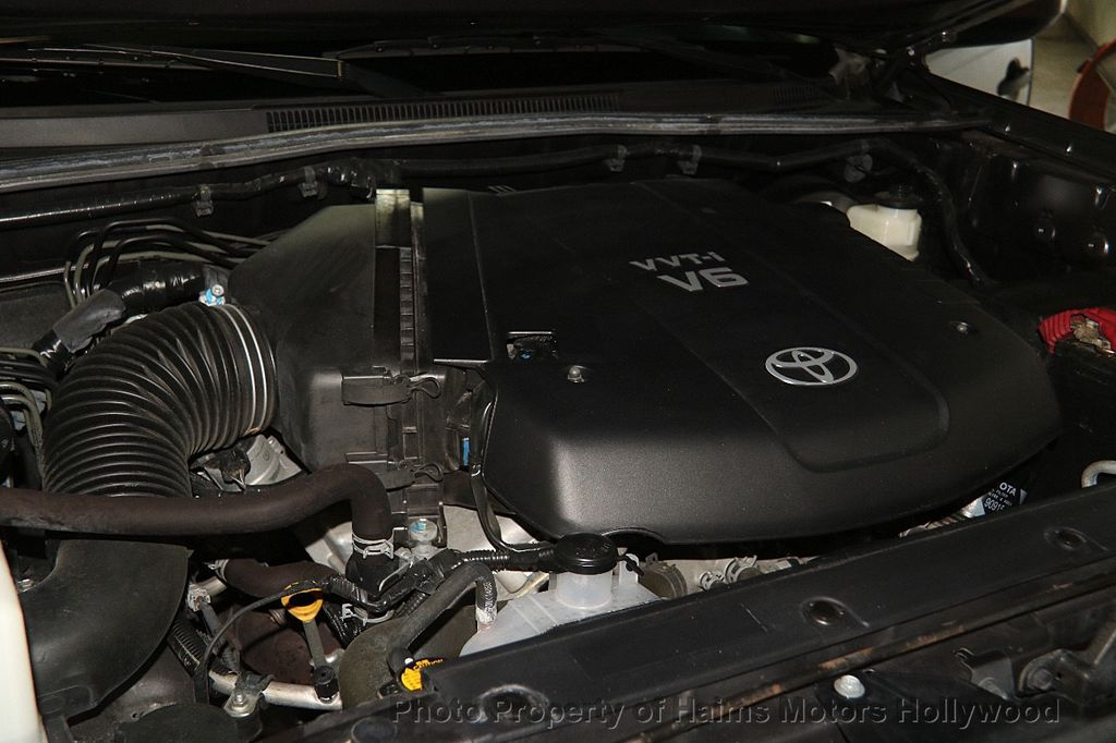 2015 Toyota Tacoma 2WD Double Cab V6 AT PreRunner - 17149349 - 31