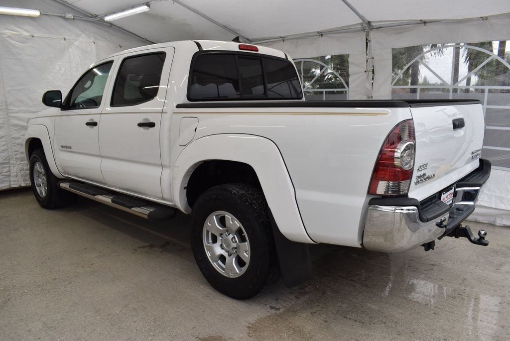 2015 Toyota Tacoma 2WD Double Cab V6 AT PreRunner - 18571143 - 3