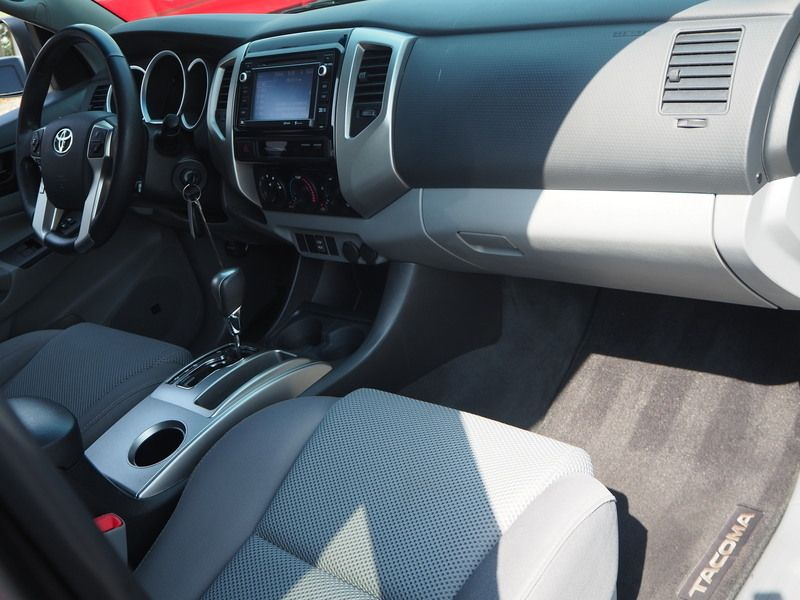 2015 Toyota Tacoma 2WD Double Cab V6 AT PreRunner - 17937403 - 14