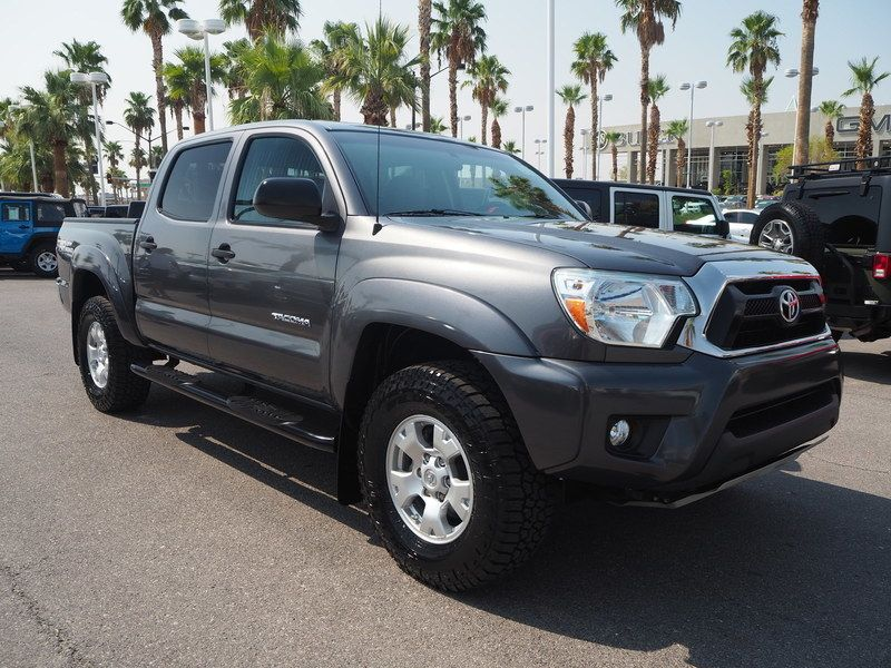 2015 Toyota Tacoma 2WD Double Cab V6 AT PreRunner - 17937403 - 2