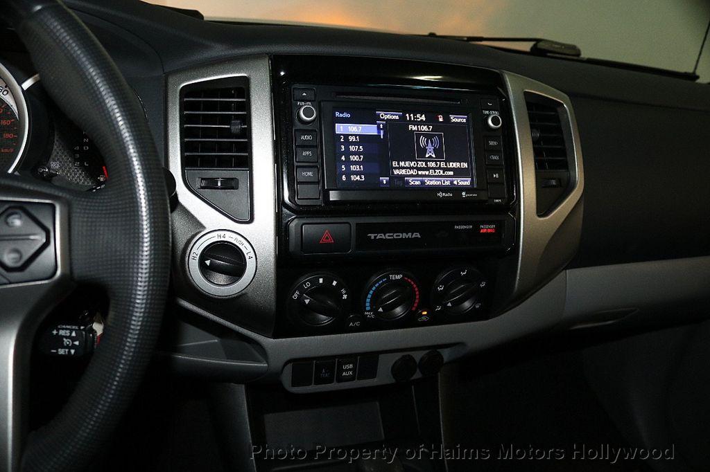 2015 Toyota Tacoma 4WD Double Cab V6 AT - 17441617 - 19