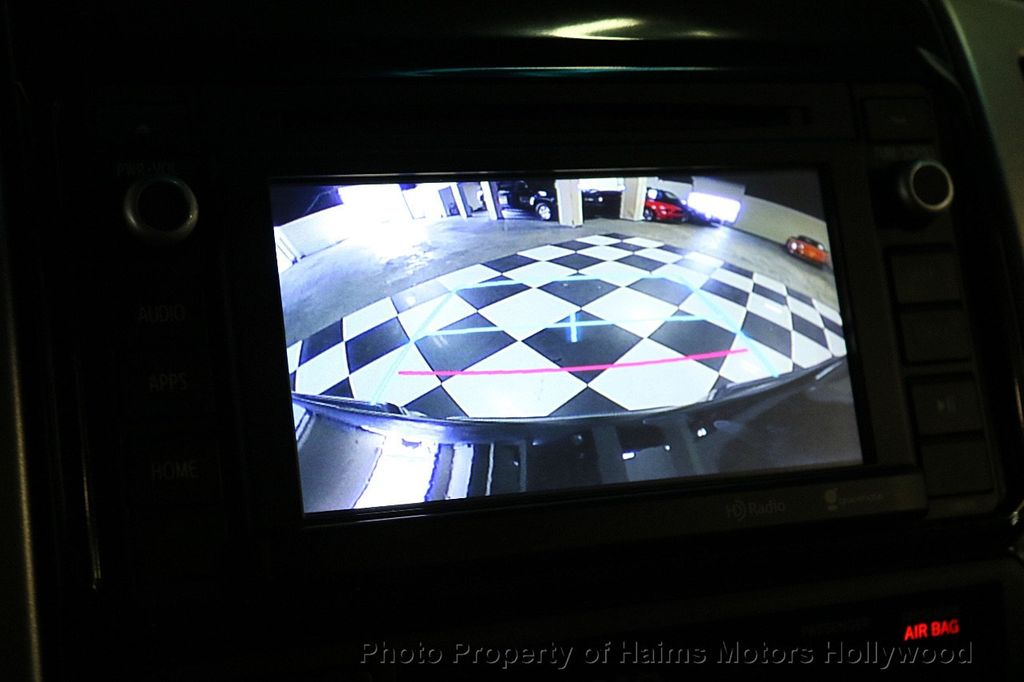 2015 Toyota Tacoma 4WD Double Cab V6 AT - 17441617 - 33