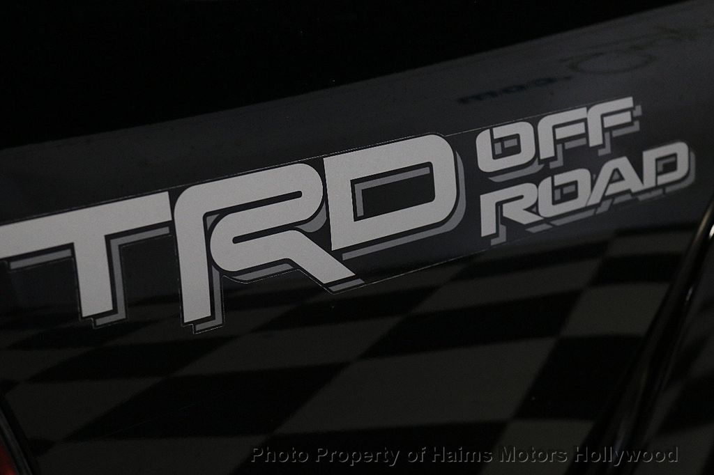 2015 Toyota Tacoma 4WD Double Cab V6 AT - 17441617 - 7